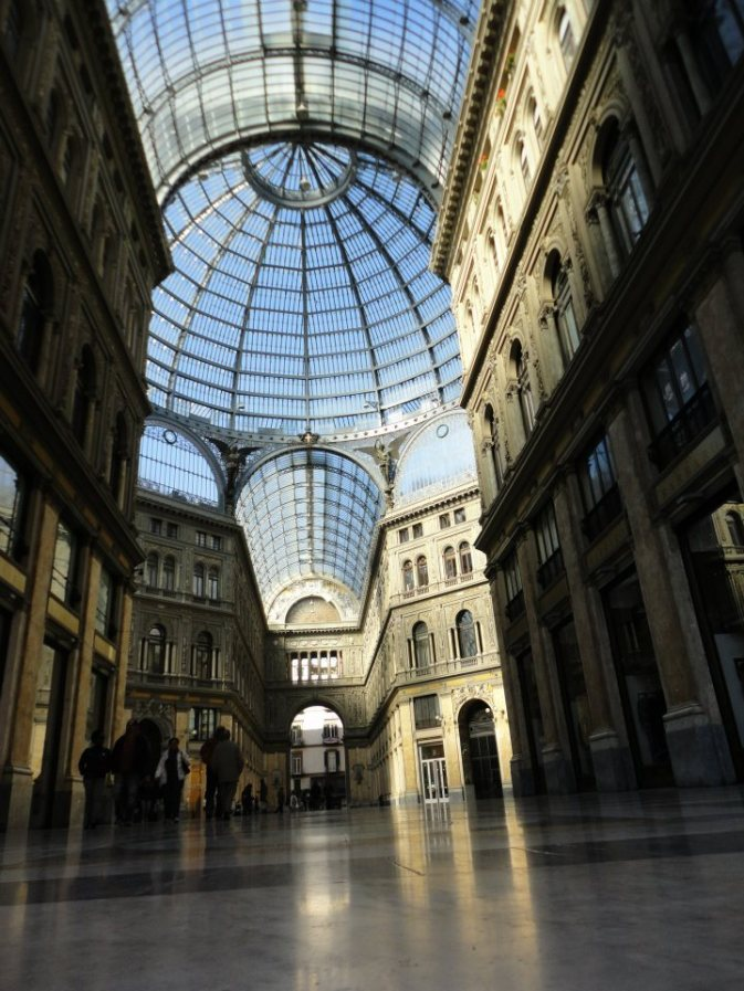 [U]mberto, Galleria in Naples