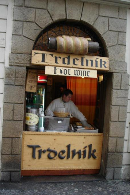 [T]rdelnik, a Prague pastry