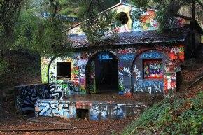 Graffiti-covered house in MurphyRanch,Malibu