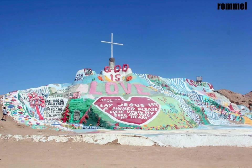 salvation mountain11