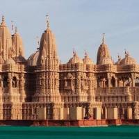 Shri Swaminarayan: A Hindu Temple in Riverside, California