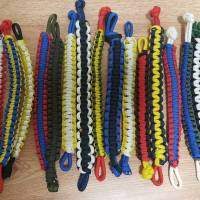 DIY: How to make a 550 cord bracelet and keychain - Tips and Tricks